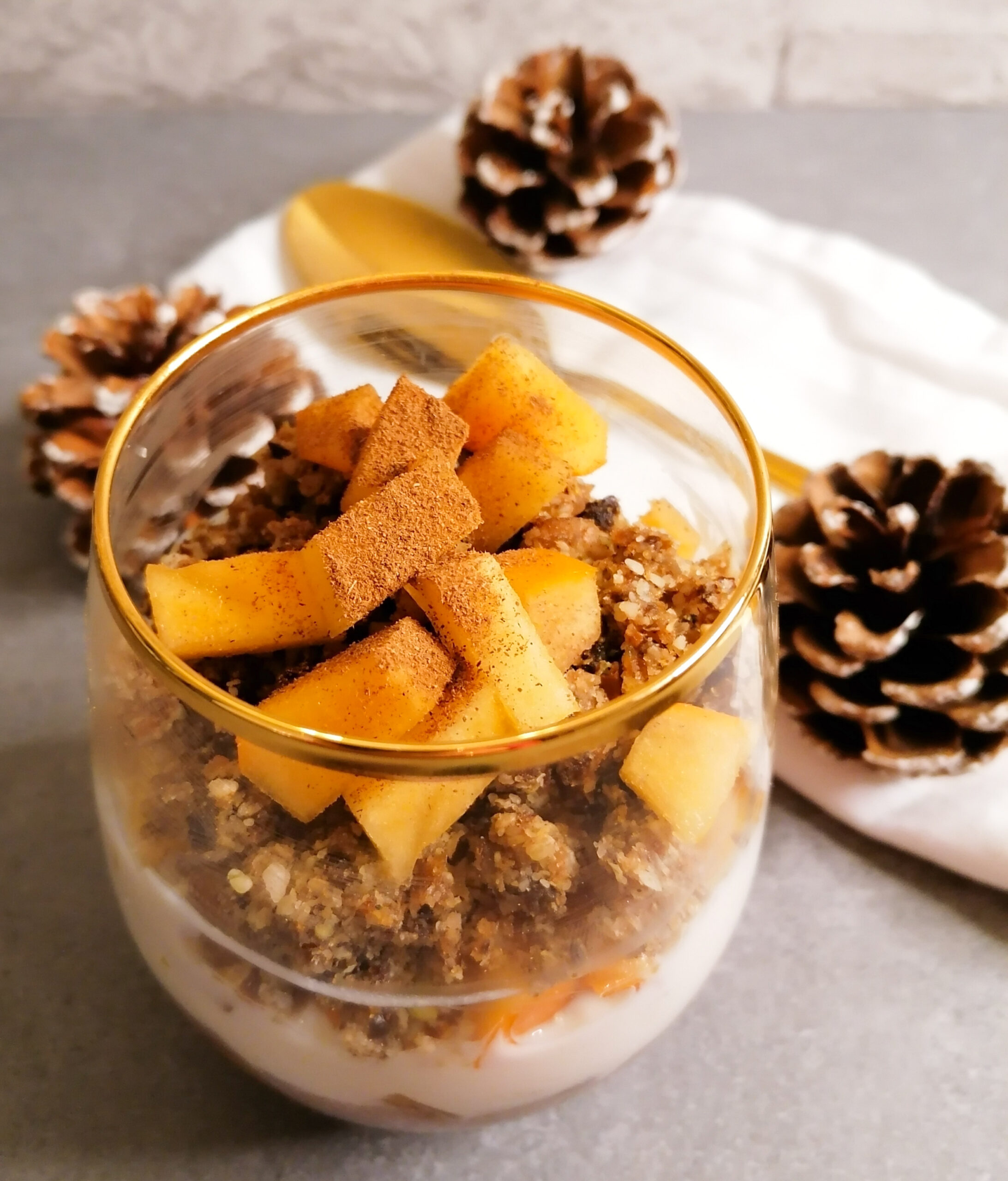 Winterliches Frühstück mit gekeimten Spekulatius Rawnola